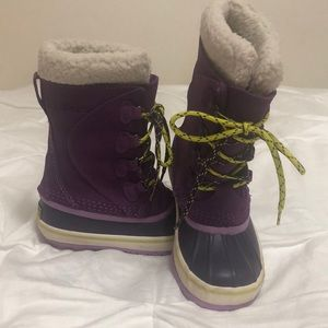 L. L. Bean youth snow boots